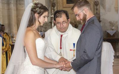 Photographe de mariage : Cérémonie religieuse à l'Église de Coulommes en Seine-et-Marne
