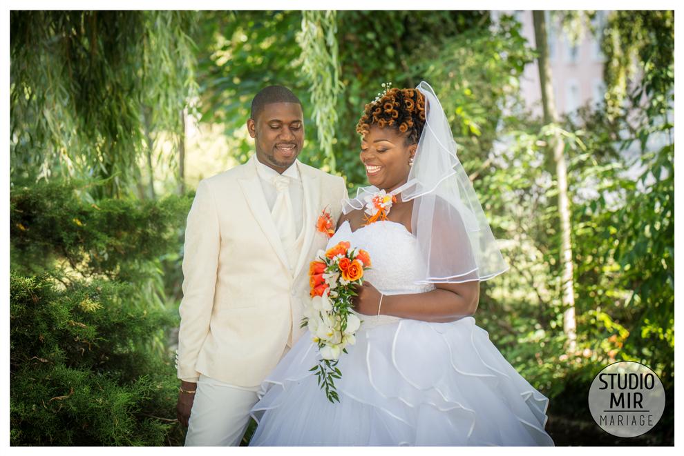 Photo de couple mariage dans le Val de MarnePhoto de couple mariage dans le Val de Marne