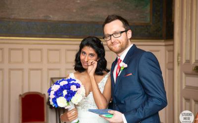 Photographe de mariage à la mairie de Paris