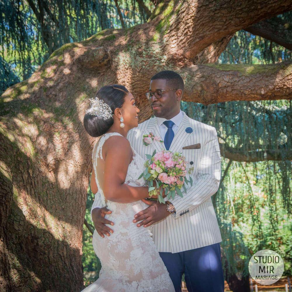 Photographe de mariage : photos de couple romantiques à la Vallée au Loup