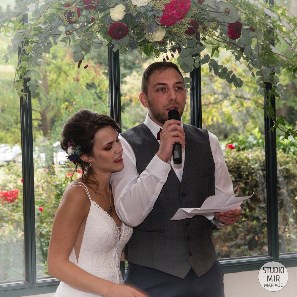 Photographe de mariage en Ile-de-France : discours de mariage lors du vin d'honneur